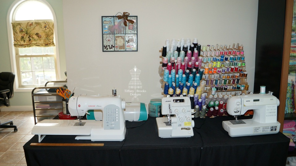 Sewing Machine Line a